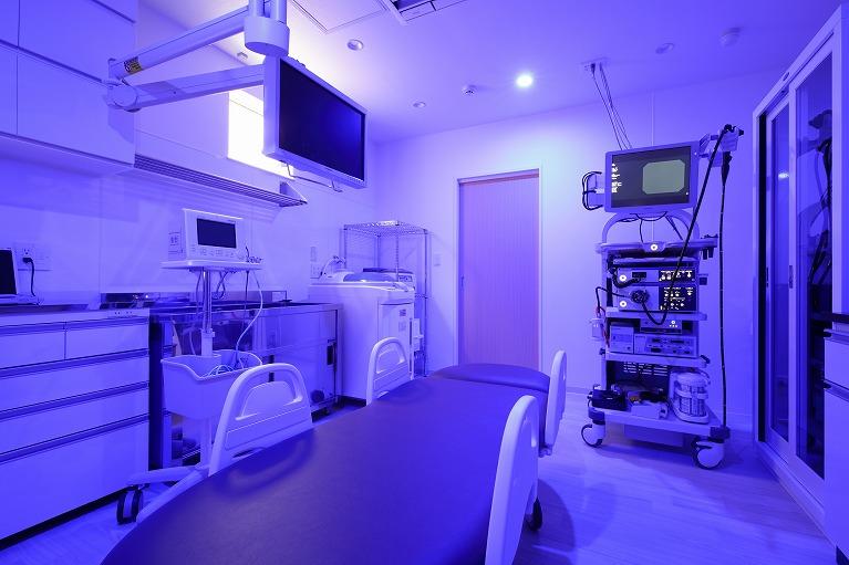 内視鏡室(ブルーライト照明)
